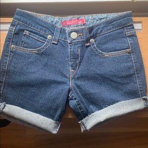 Women's Levi shorts, good condition